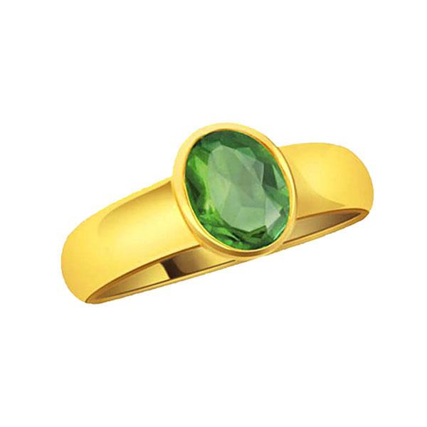 पन्ना रत्न की अंगूठी