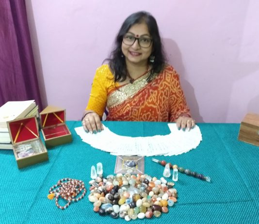 Celebrity Tarot Reader Sudha